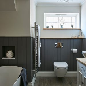 Classic-Contemporary-Bathroom-panelling