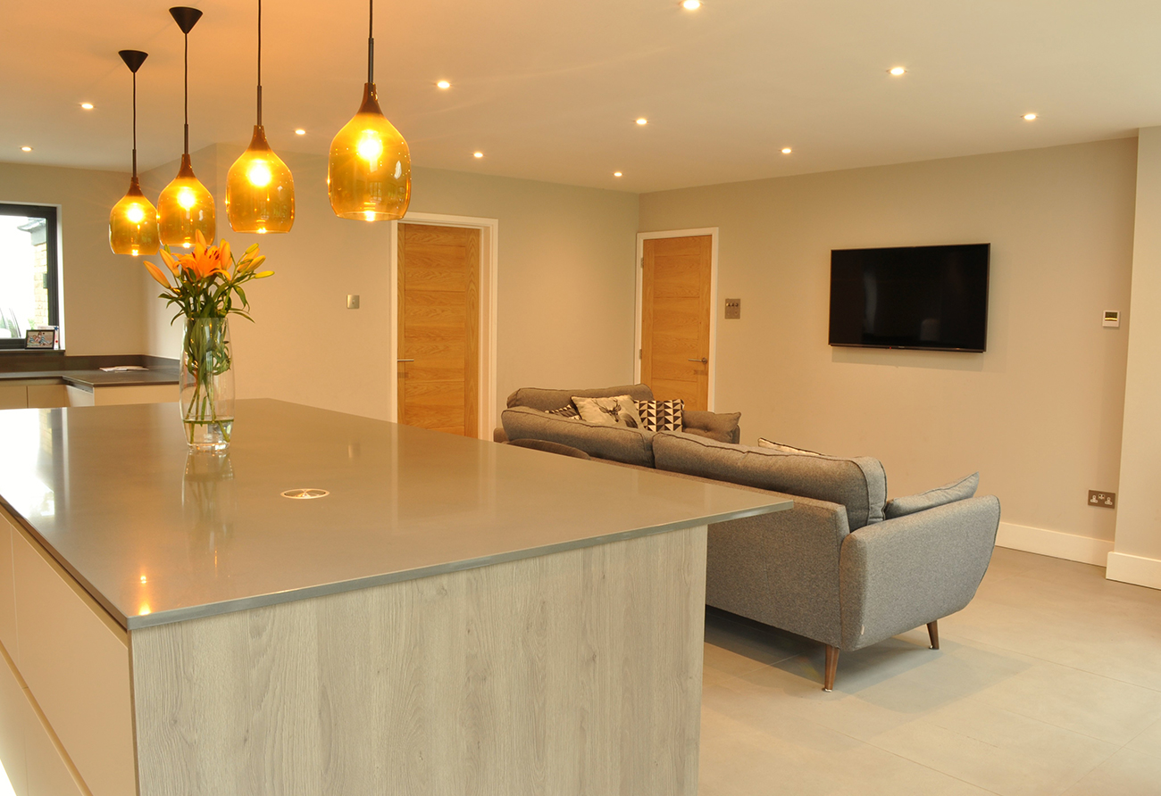 colourful-contemporary-kitchen-hertfordshire