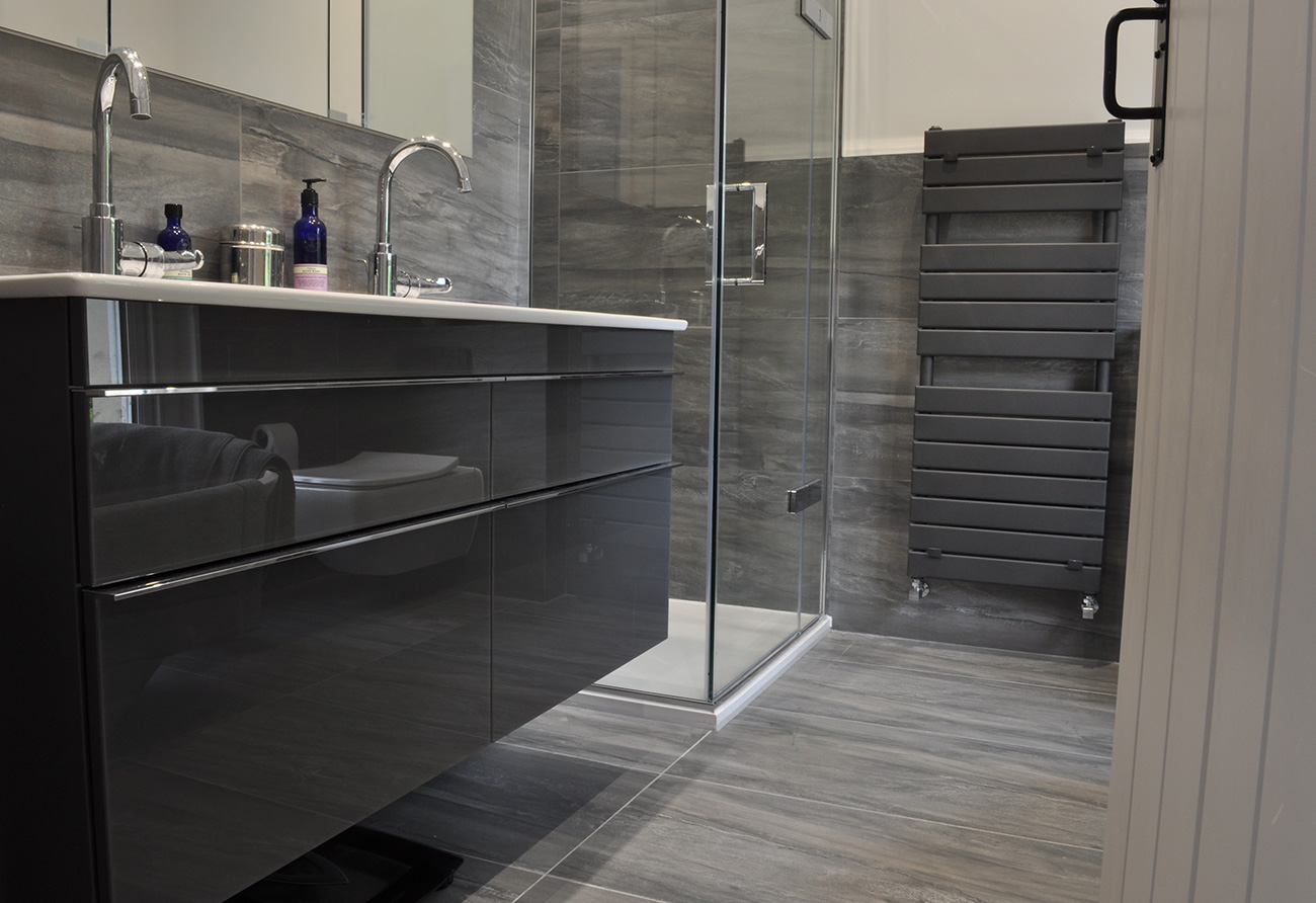 luxury-grey-bathroom-design