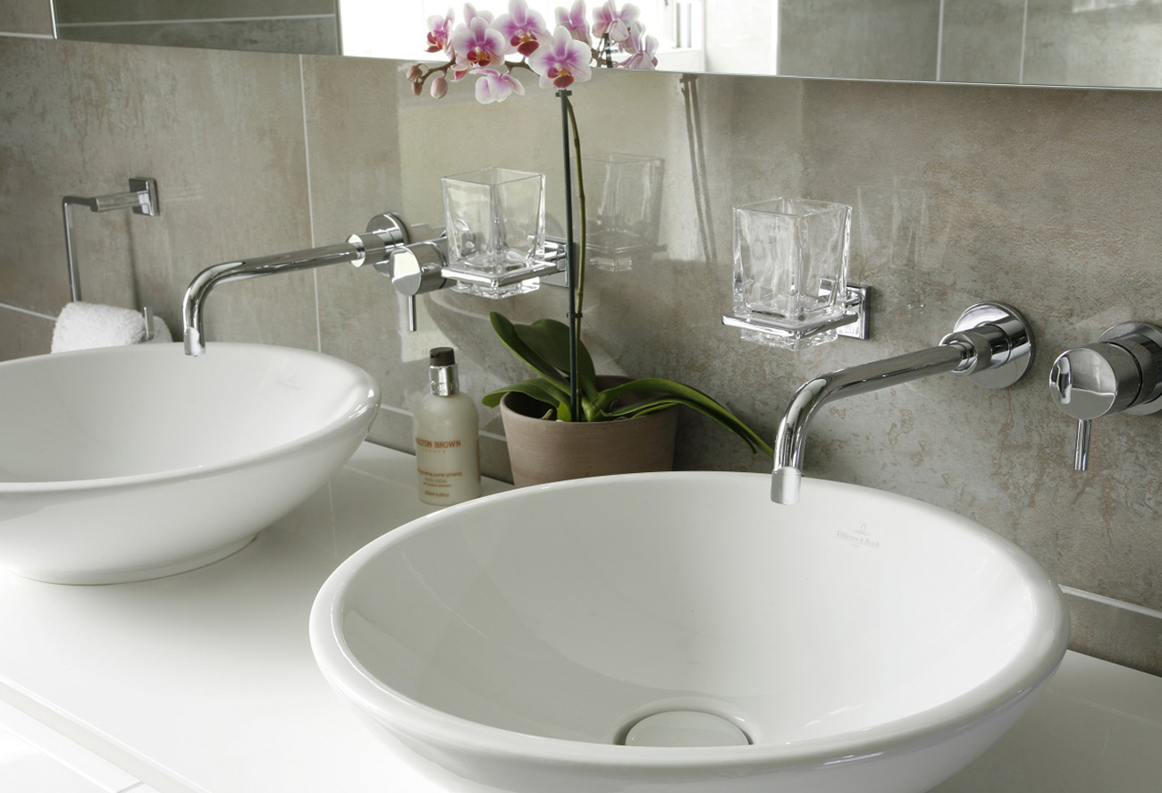 Creating a spa like sanctuary in your bathroom 1 hawk k b for Creating a spa bathroom
