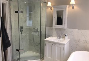 Traditional-Marble-Bathroom-1